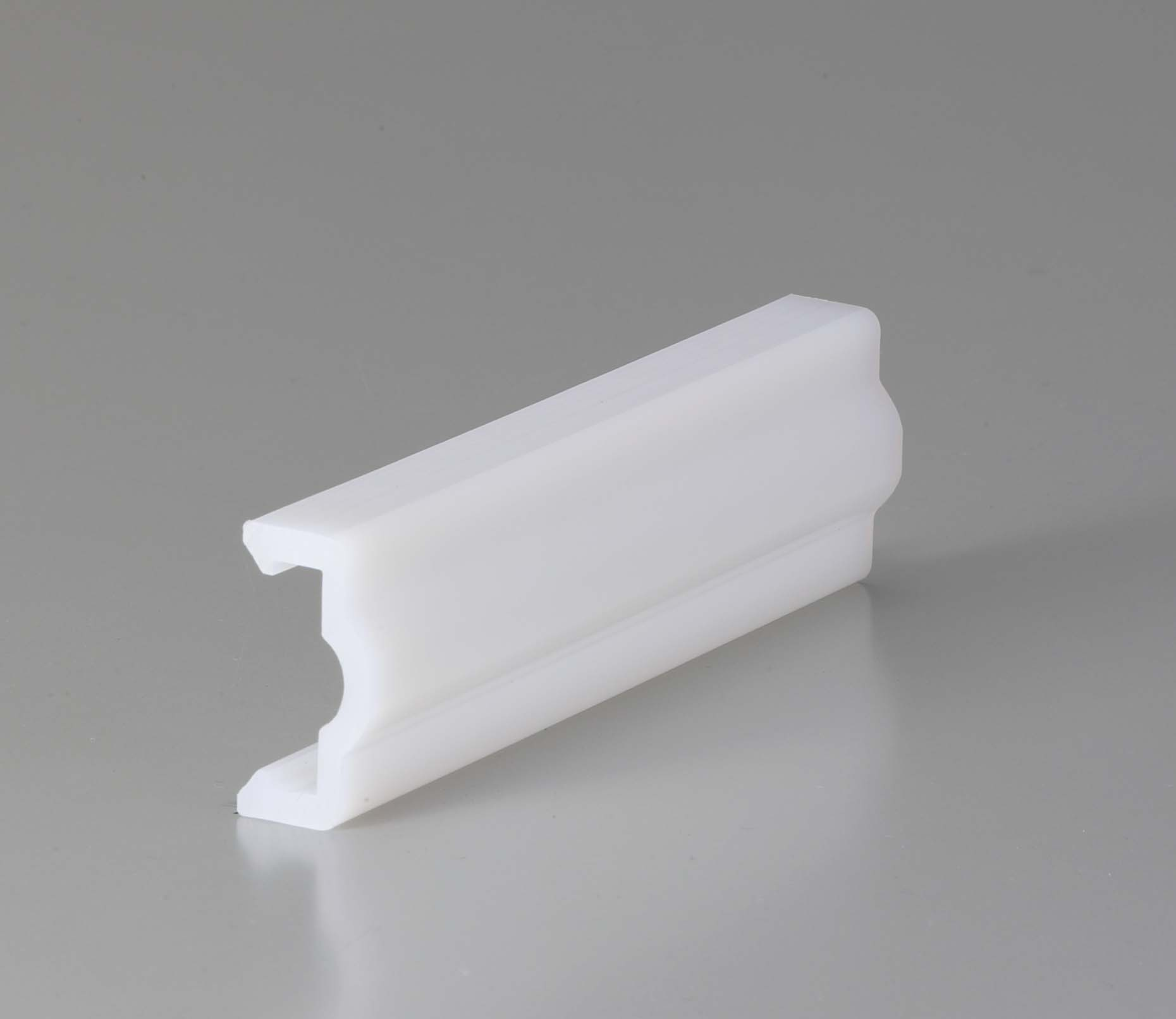 Plastic Rail (Natural)EPA 3/4M